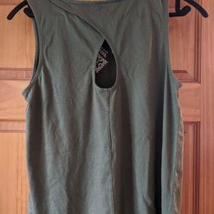 Banana Republic Tops - Sleeveless shirt